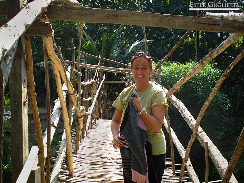 En el puente de madera